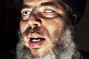Abu-Hamza-al-Masri-addressing-a-rally-at-Finsbury-Park-mosque-in-London
