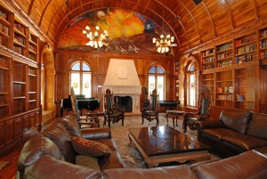 M_Old_World_interior_Chateau_de_Vie
